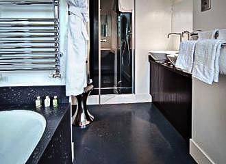 6 Mandel Bathroom