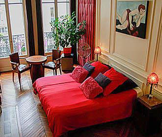 A Room in Paris Bedroom 1
