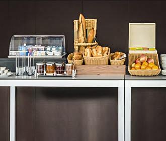 Adagio Access Aparthotel Paris Bastille Breakfast