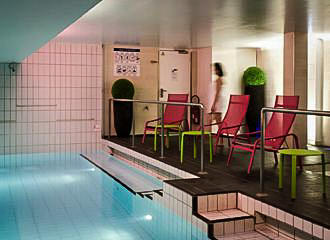 Adagio Aparthotel Paris Centre Tour Eiffel Swimming Pool