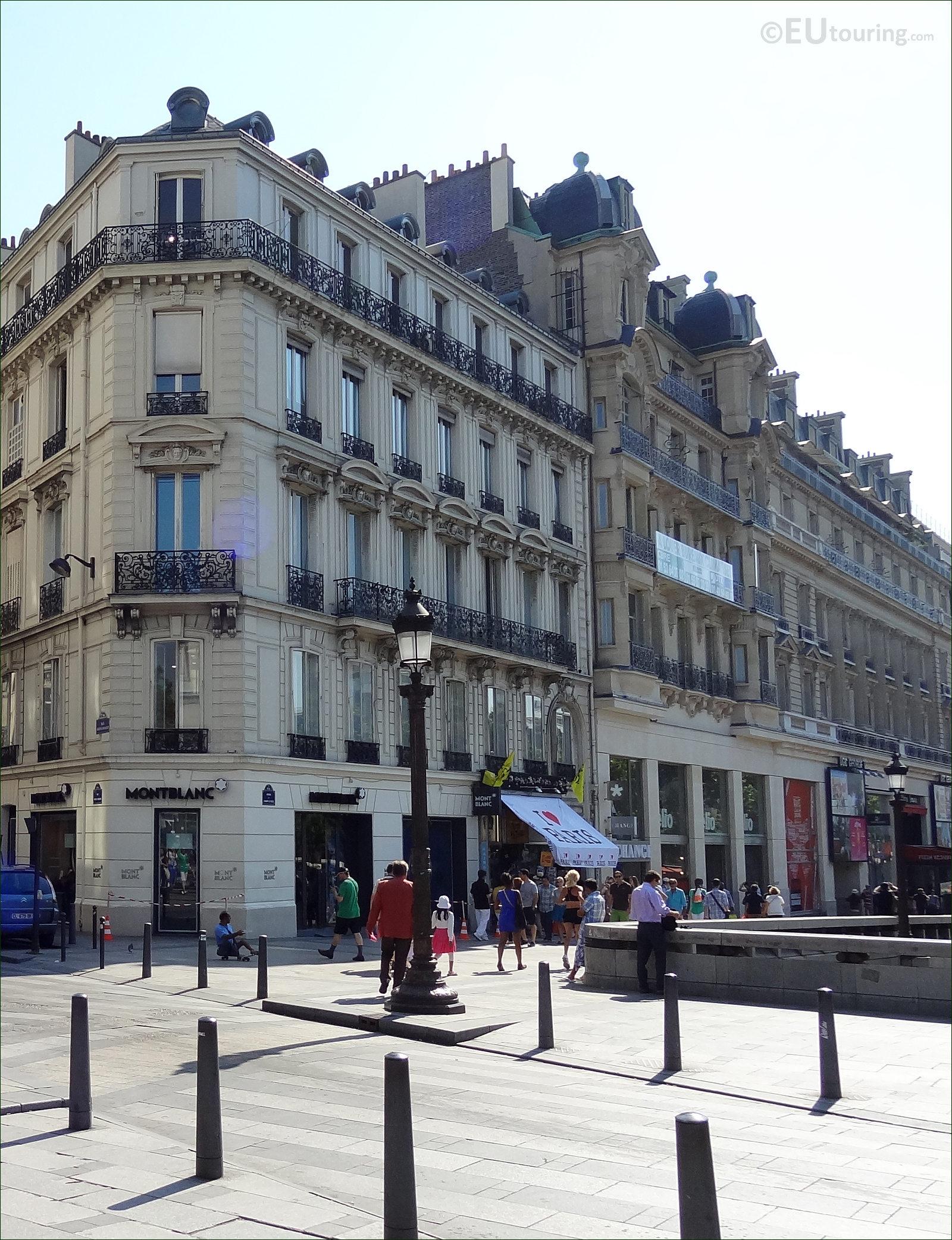 HD Photos Of Avenue Des Champs Elysees In Paris France