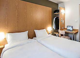 B&B Hotel Paris Porte des Lilas bedroom