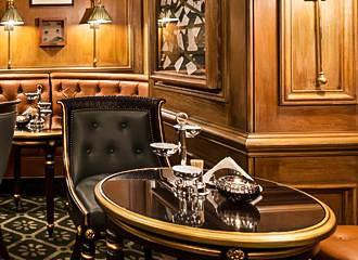 Bar Hemingway Table At The Ritz Hotel