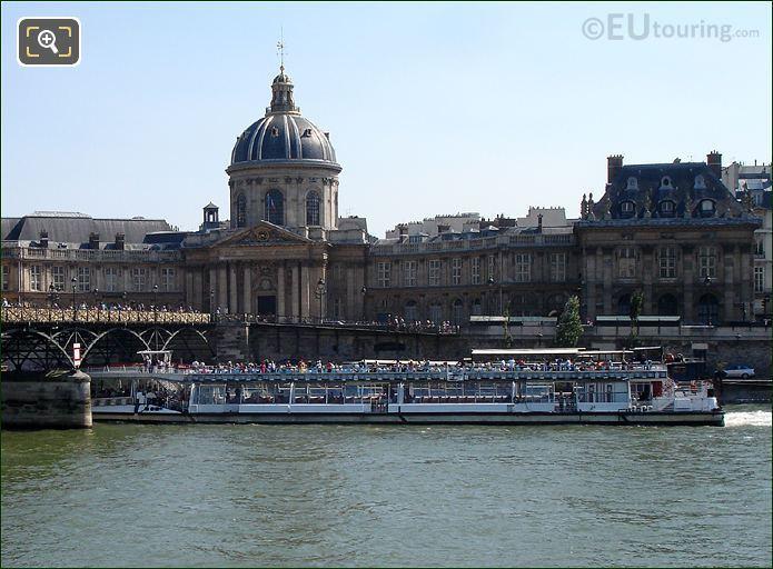 Bateaux Mouches Boat At The Pont des Arts