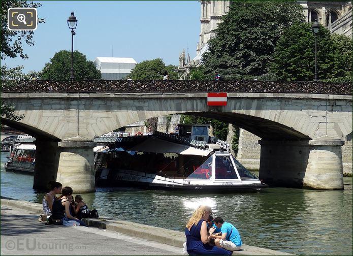 Bateaux Mouches In Paris