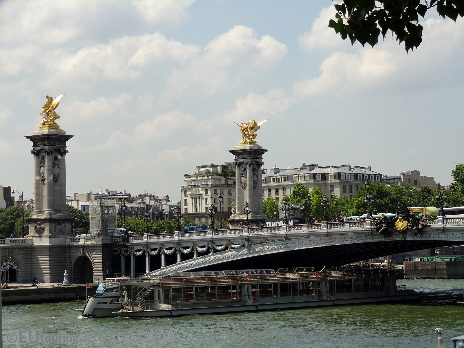 Photo Images Of Bateaux Parisiens Cruise Boats In Paris