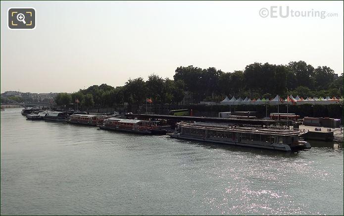 Photo Of Bateaux Parisiens Cruise Boats In Paris