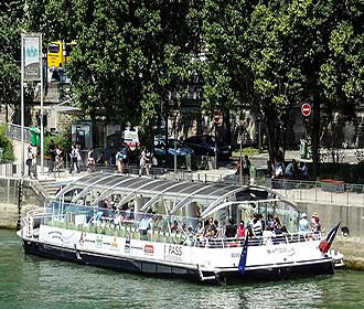 Batobus On The River Seine