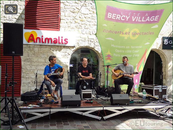 Bercy Village Musicians
