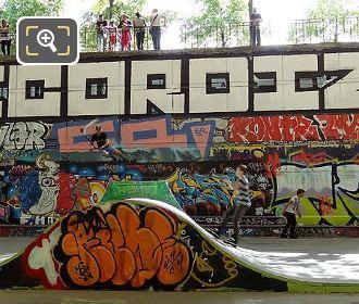 Spectators Skate Park Parc De Bercy