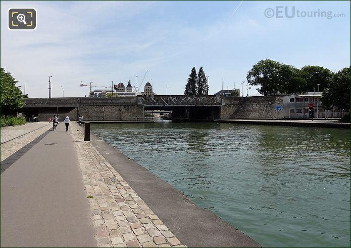 Boulevard MacDonald Over Canal De l Ourcq