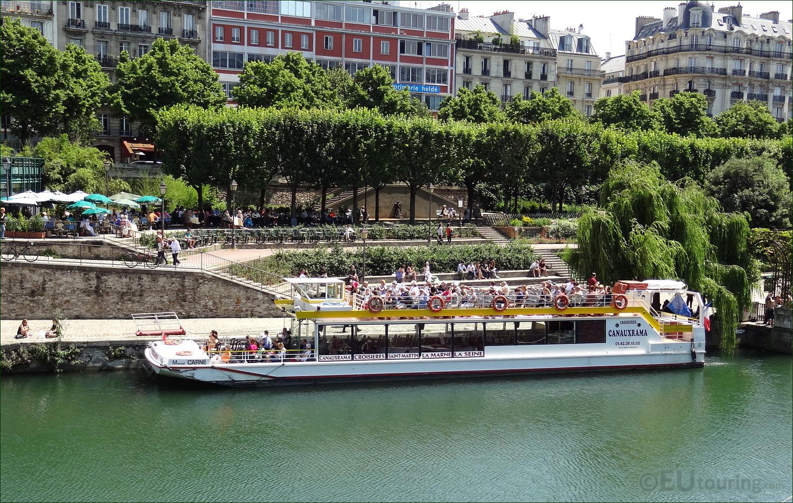 hd photographs of canal saint martin in paris france. Black Bedroom Furniture Sets. Home Design Ideas