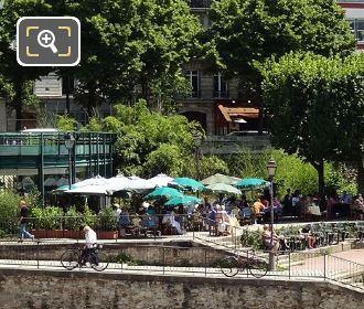 Canal Saint-Martin Grand Bleu Restaurant