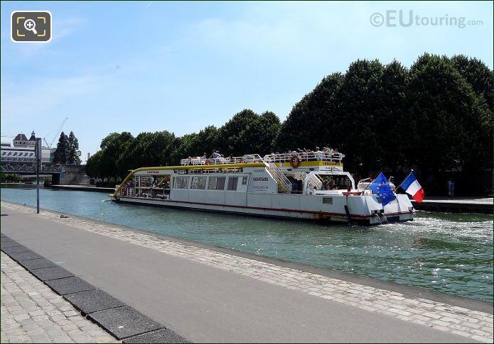 Canauxrama Boat Park De La Villette