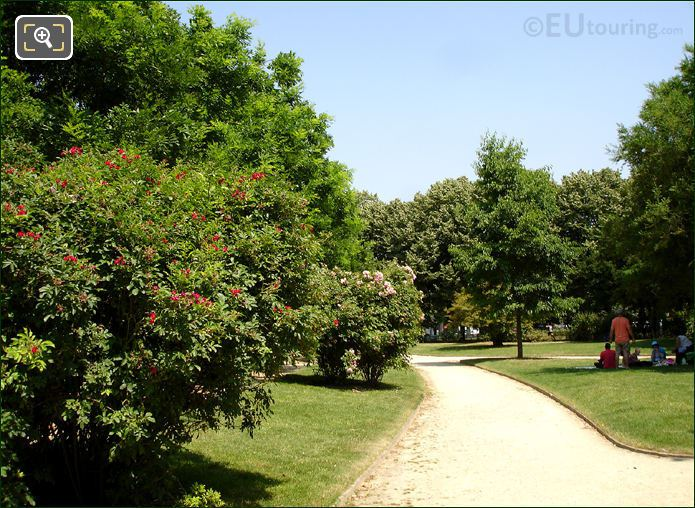 Pathway Through The Champ De Mars