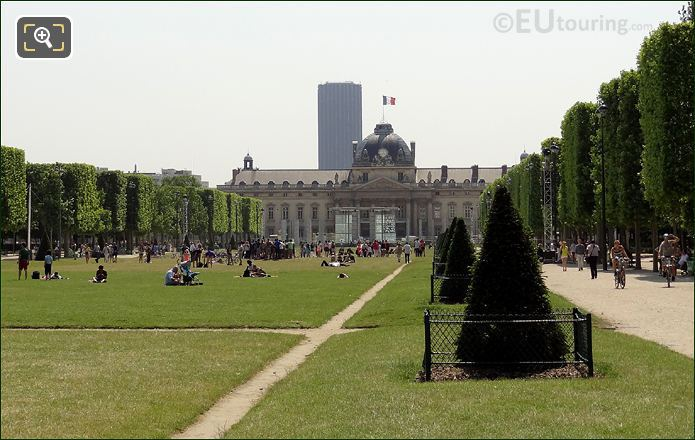 Ecole Militaire And The Tour Montparnasse