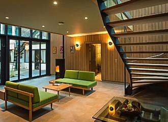 Eden Lodge Lounge