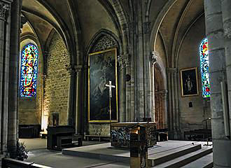 Walls Inside Eglise Saint-Pierre