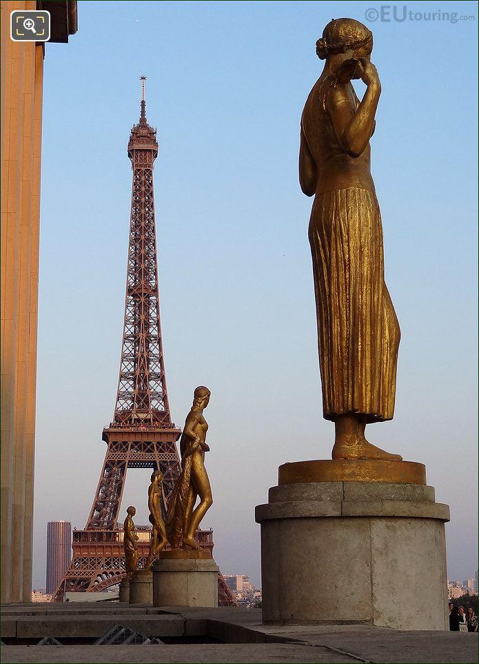 Eiffel Tower And Palais De Chaillot