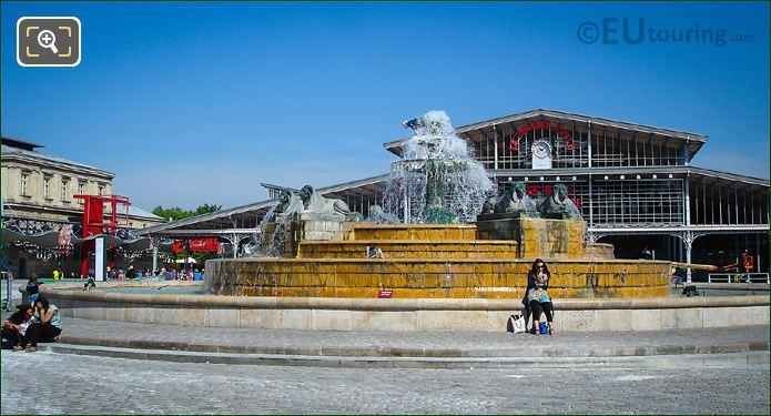 Fontaine Aux Lions De Nubie And Grande Halle