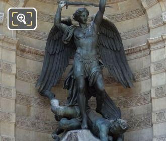 Saint Michel Terrassant le Demon