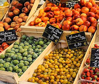 French Markets Stall With Fruit
