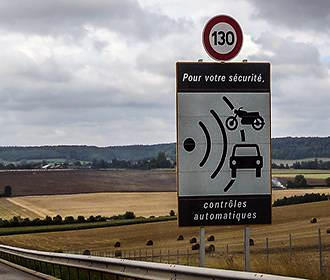 French road 130km speed sign