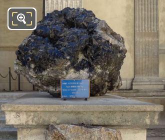 Mineralogie Museum Black Quartz Crystals
