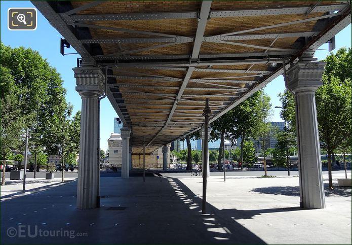 Gare d Austerlitz Metro Viaduct