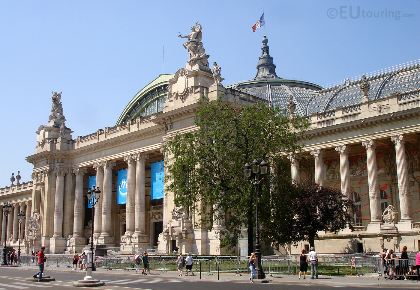 hd photos of the grand palais in paris france page 1. Black Bedroom Furniture Sets. Home Design Ideas