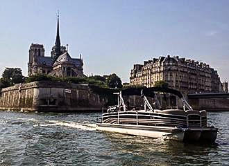 The Private River Cruises By Green River Cruises In Paris France