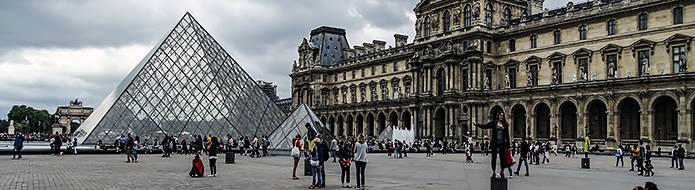 Louvre Museum Today