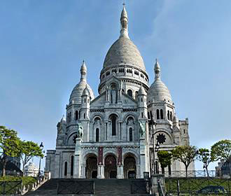 Architecture On The Sacre Coeur Basilica