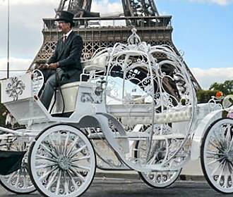 Horse And Carriage Rides Paris