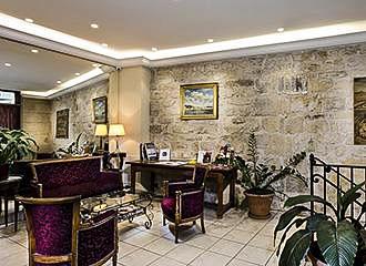 Hotel Cujas Pantheon lounge