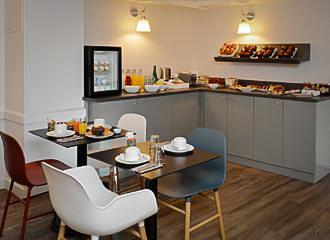 Hotel D Espagne Breakfast Room