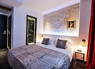 Hotel Le Clos Notre Dame Bedroom One