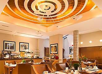 Hotel Le Six breakfast room