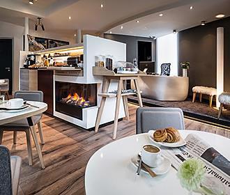 Hotel Max Breakfast