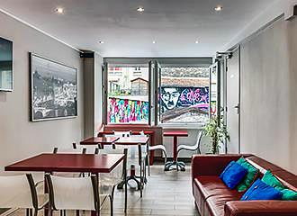 Hotel Montmartre Clignancourt breakfast room