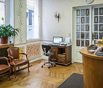 Hotel Tiquetonne Reception In Paris