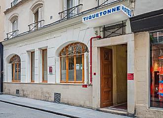 Hotel Tiquetonne Entrance In Paris