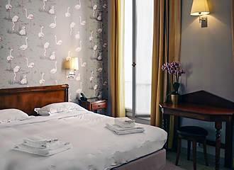 HotelHome Paris 16 bedroom