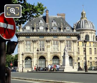 Institut de France Western