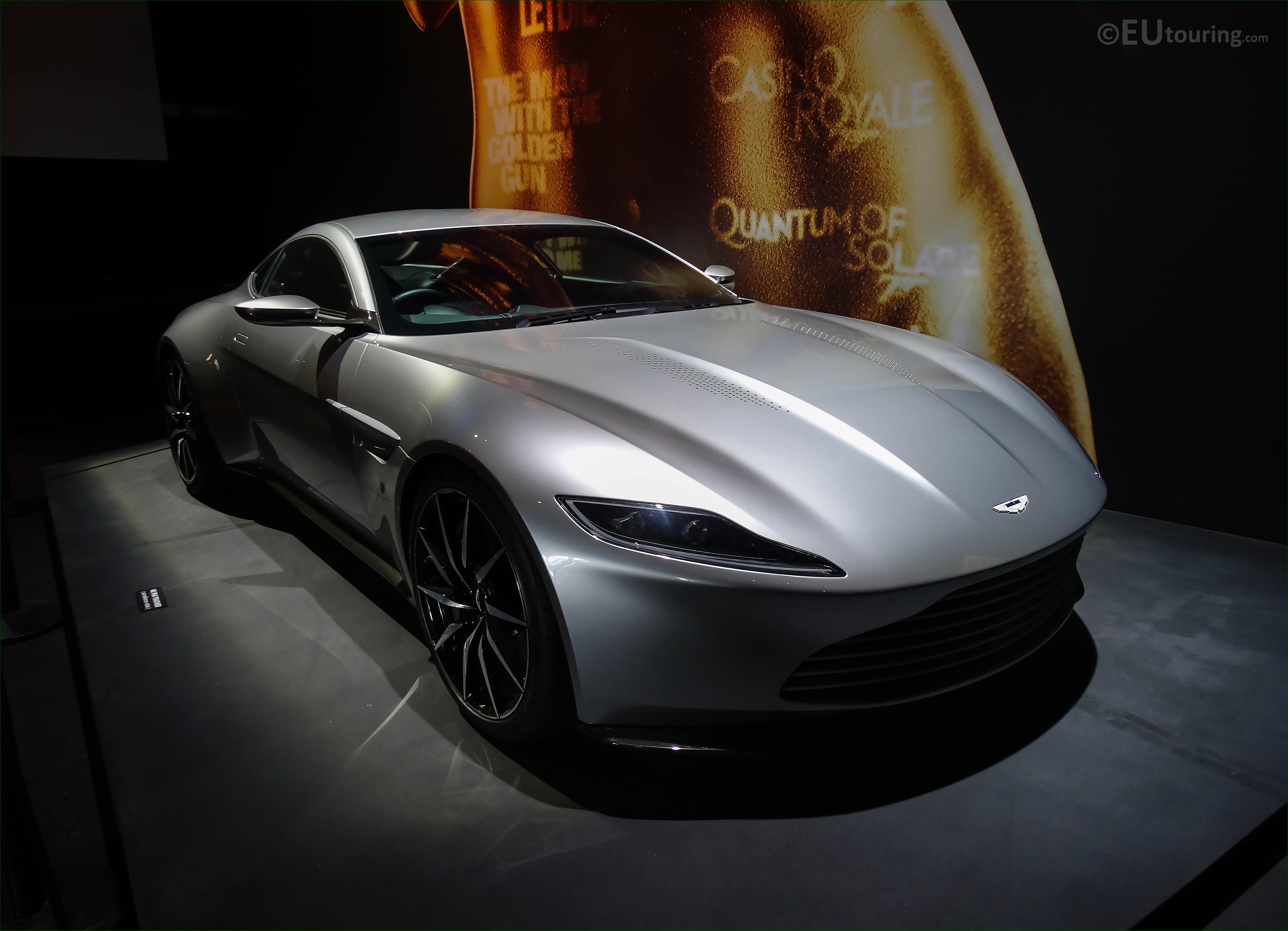 s of the James Bond 007 Paris Exhibition 2016