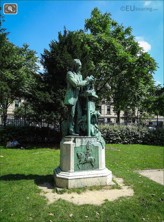 Jardin Plantes Emmanuel Fremiet Statue