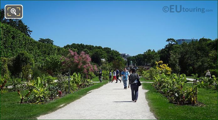 Jardin Des Plantes Pathways And Flower Beds