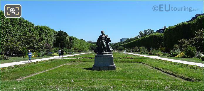 Georges Comte De Buffon Statue
