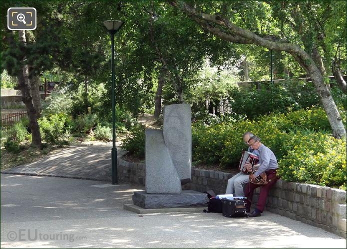 Jardin Tino Rossi Musicians