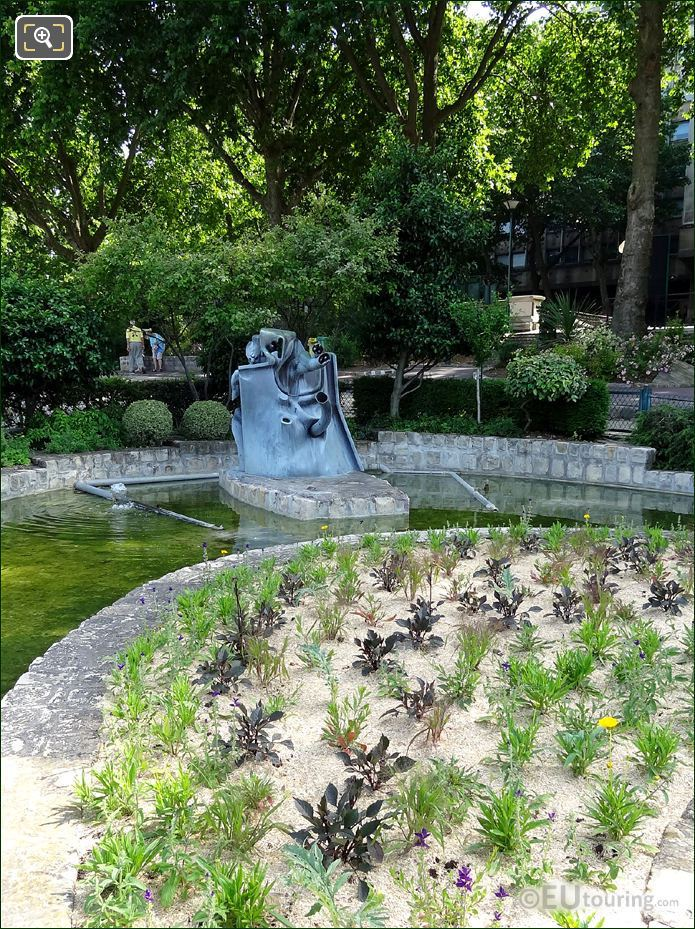 Jardin Tino Rossi Water Feature